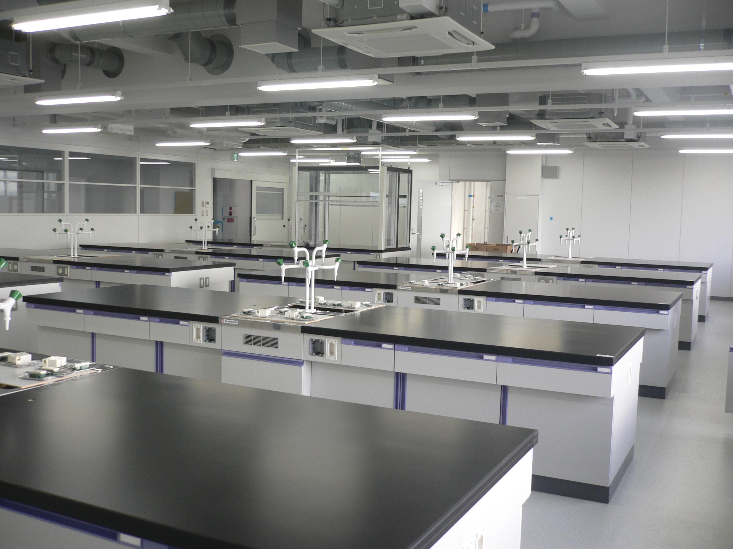 学生実習室